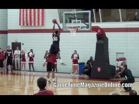 Kyle Casey RETURNS IN STYLE!!! 2013 Harvard Crimson Madness Dunk Contest!