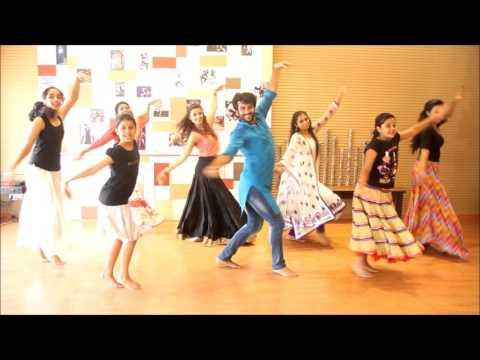 Kajra re Devesh Mirchandani at OYT with Longinus  (Bollywood class)