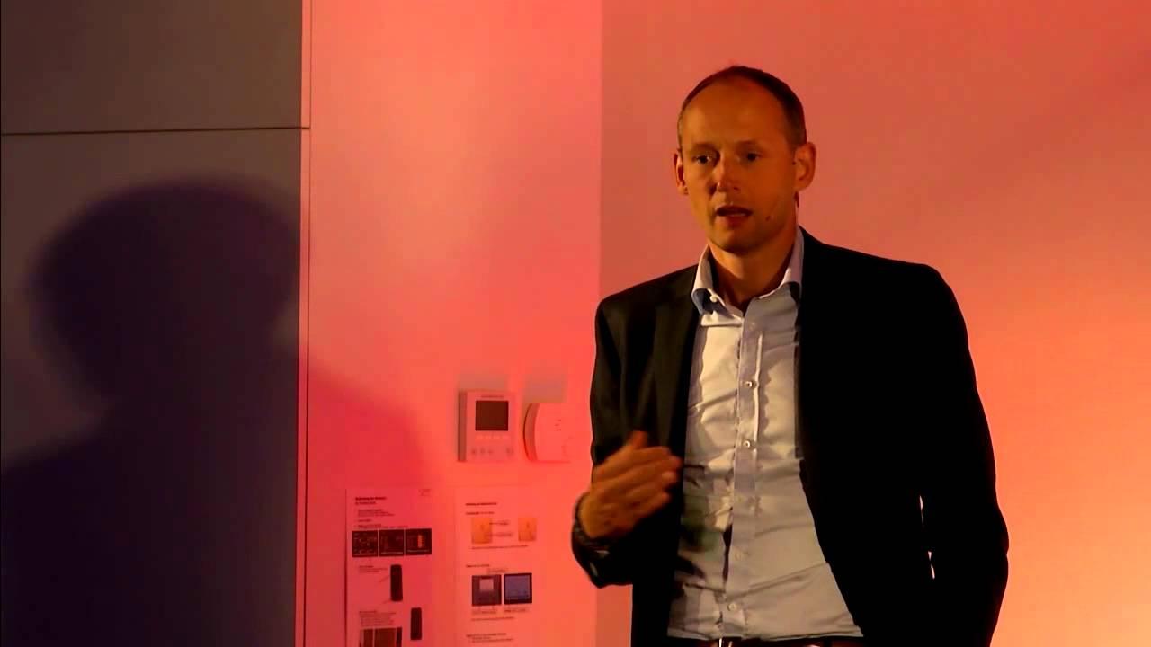 Kulanz und Service ohne Grenzen. | Christian Riethmüller | TEDxTuebingen