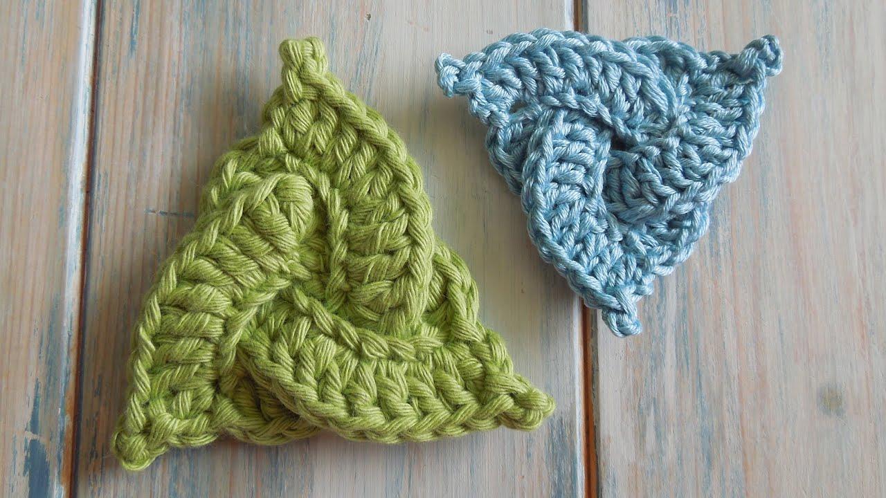 Crochet How To Crochet A Celtic Triangle Yarn Scrap Friday