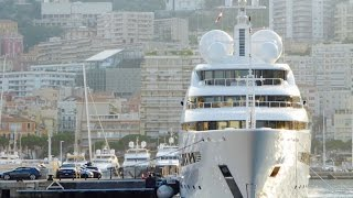 Onboard a Super Yacht: docking in Monaco