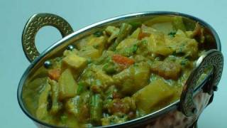 vuclip Vegetable Korma - Indian Vegetarian Recipes Video