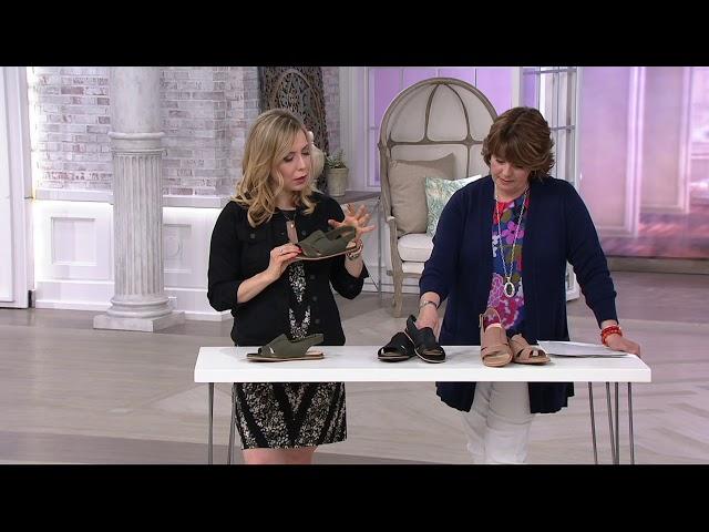 45053ede5073 Clarks Artisan Leather Sandals - Sultana Rayne on QVC - YouTube