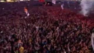 Repeat youtube video Pendulum -  Slam @ Glastonbury '09 (Metallica tribute)