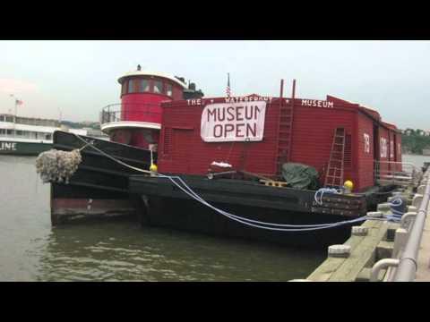 Tug Pegasus & Waterfront Museum Barge