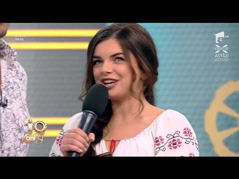 """Răzvan și Ana-Maria Ababei discută în versuri: """"Foaie verde de sub nuci, zi-mi fată..."""""""