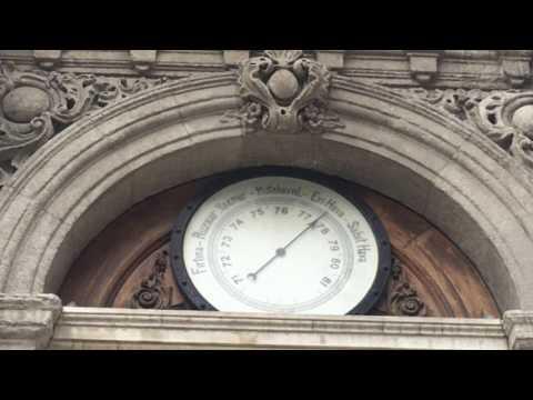 compression of dolmabahçe clock tower and nusretiye clock tower