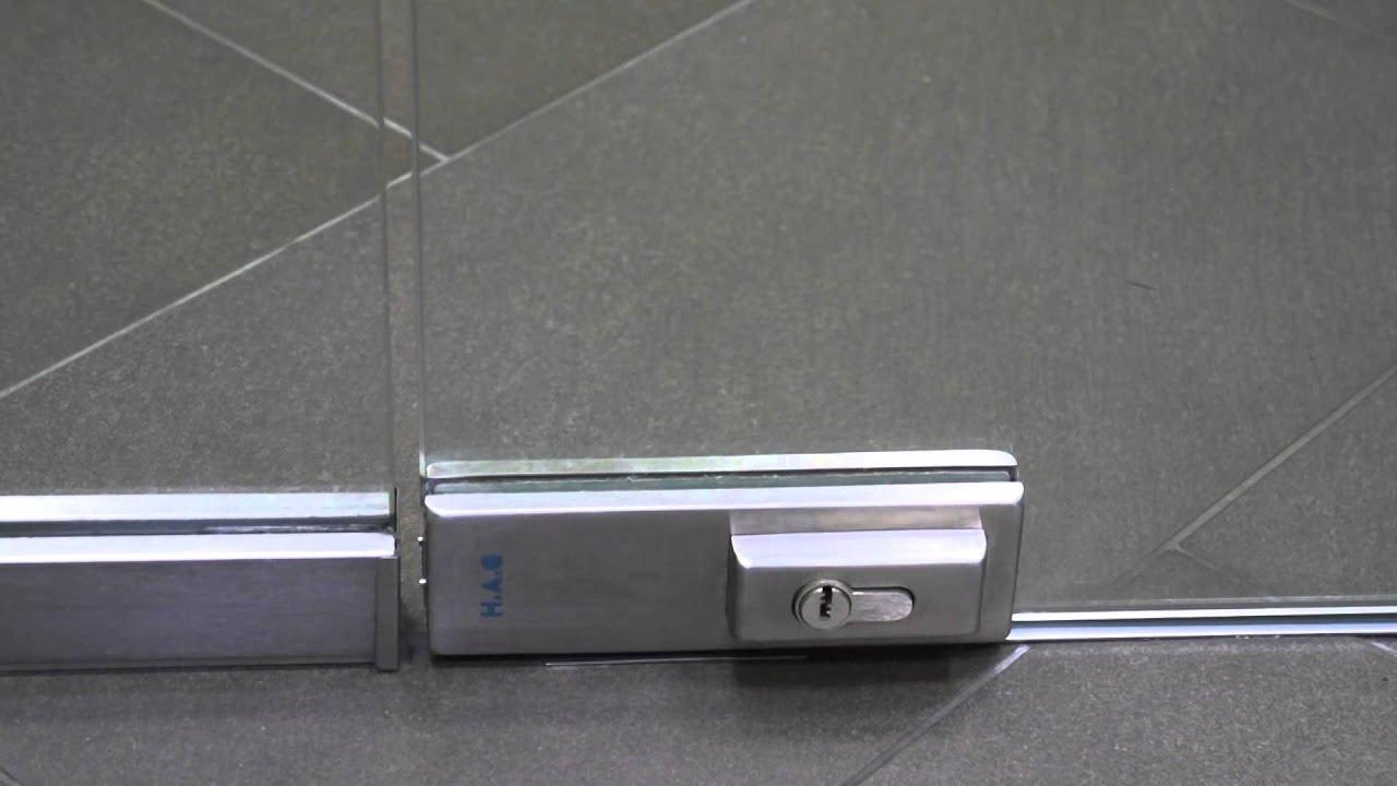 Изысканные стеклянные двери (в том числе и раздвижные стеклянные двери) можно купить / заказать в нашем салоне дверей в минске ул. Сурганова, 88, тел. (029) 604-59-59, (033) 604-59-59.
