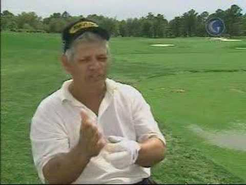 Lee Trevino check wedge golf swing