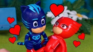 ⚡ PJ MASKS ⚡ Owelette love story  She chooses Catboy   PJ Masks Toys English