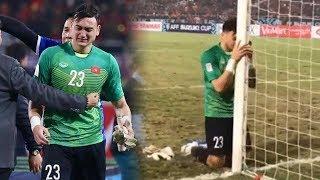 Thủ môn Đặng Văn Lâm qu.ỳ g.ối b.ậ.t kh.ó.c sau khi Việt Nam vô địch AFF Cup 2018