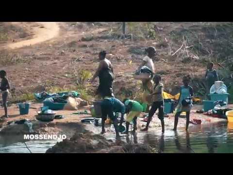Une Rivière à Mossendjo. République du Congo – Afrique Centrale