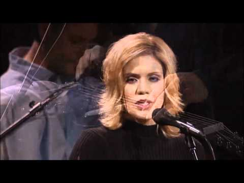 Alison Krauss & Union Station - Ghost In This House.wmv