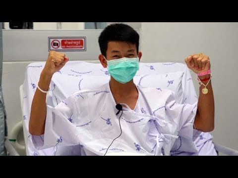 Thai boys thank cave divers from hospital