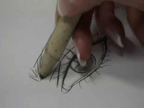 MILAN FASHION CAMPUS- Fashion Design Drawing Lesson: Shadeout of an Eye