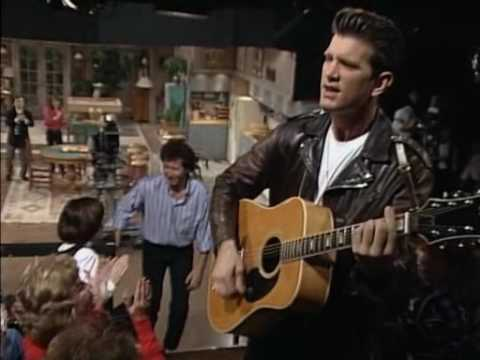 Chris Isaak - It's Garry Shandling's Show - Opening Theme