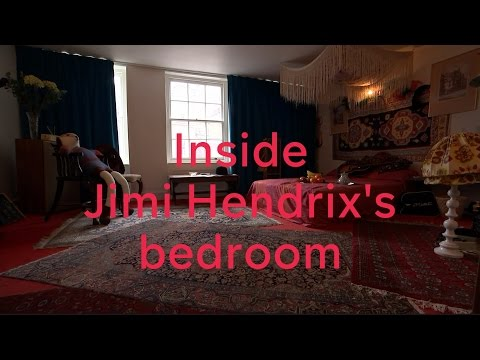 Jimi Hendrix: London flat opens as museum
