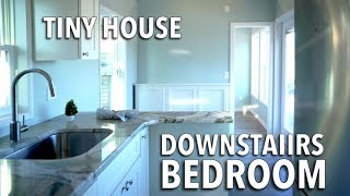 Tiny House W. Downstairs Bedroom And Murphy Bed | Super Bright & Big Bathroom - Thow