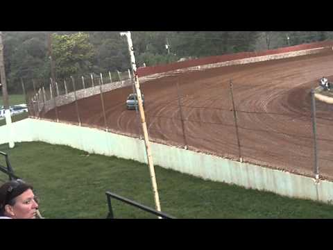 lake cumberland speedway jake duncan 8-20-11 hot laps