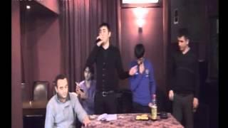 Zaur Asiq (Qesey Qesey) Ft Kamran Goycayli_Museyib - Futbol Heveskarlari (Maskva Surqut) 2012.flv