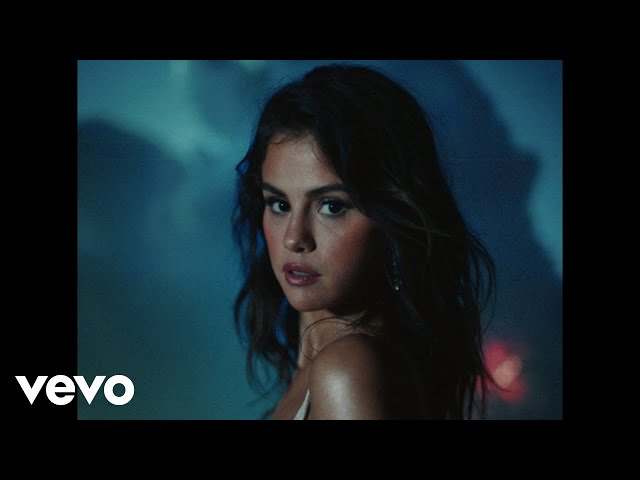 Selena Gomez, Rauw Alejandro - Baila Conmigo (Official Video)