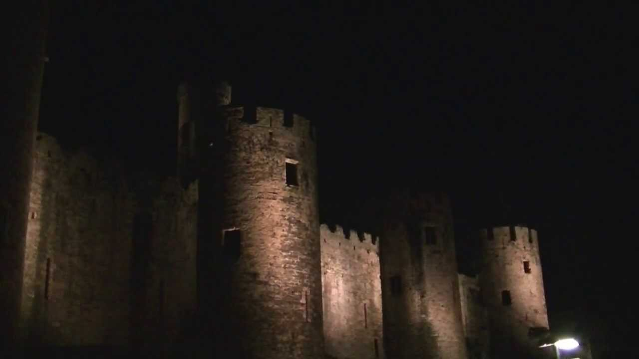 Conwy Castle At Night Youtube