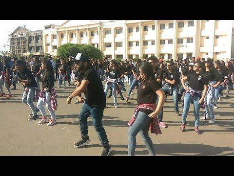 Flashmob  Collage Girls & boys dance   Hat ja re tau   TIT collage bhopal