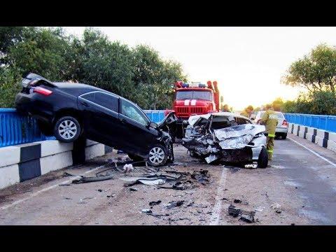 Приколы на дороге! ДТП! Бабы за рулем! Accident! Auto fun! A P 18