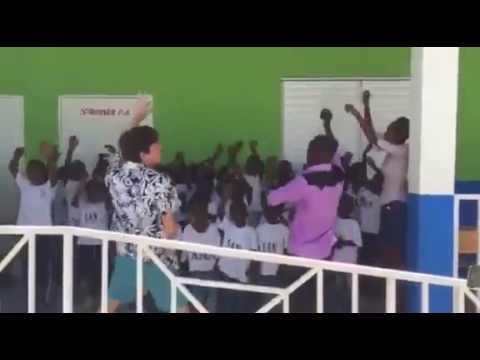 Irish teacher leads schoolkids in Haiti in version of 'My Lovely Horse'