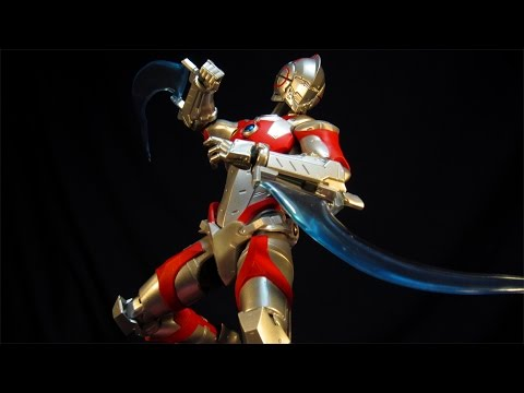 ULTRA-ACT X SH FIGUARTS ULTRAMAN SPECIAL VERSION - MANGA ACTION FIGURE REVIEW
