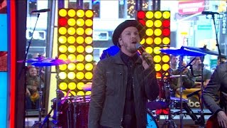 Gavin DeGraw - She Sets the City on Fire [LIVE GMA PERFORMANCE]