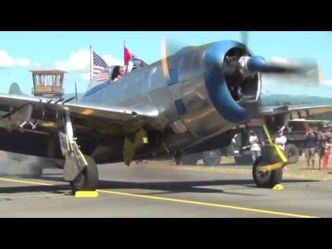 Engine Start-Up of a rare Republic P-47D Thunderbolt