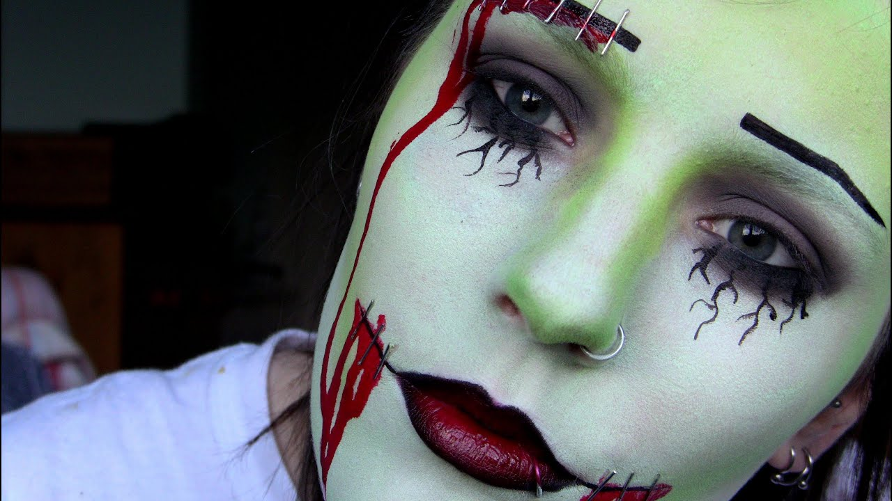 Zombie Pin-Up | Halloween Make-Up Tutorial - YouTube