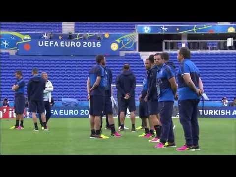 Italy at Stade de Lyon  12.06