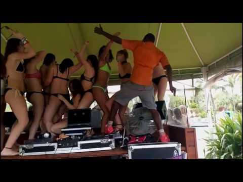 Atlantis Bahamas DJ Francis Gaddammitt