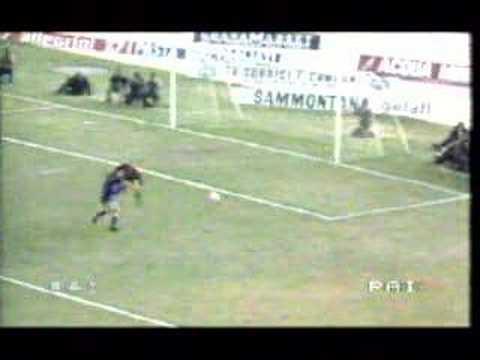 Scontro Antognoni - Martina, 22/11/1981 in Fiorentina Genoa
