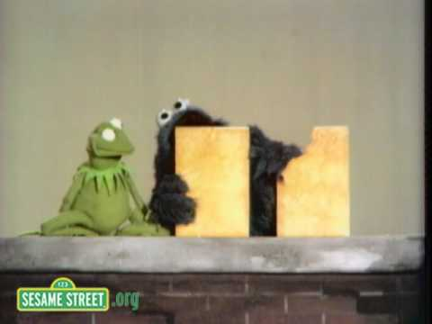Sesame Street: Same & Different With Kermit and Cookie Monster