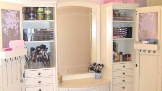 One of Elle Fowler's most viewed videos: My Makeup Collection and Storage
