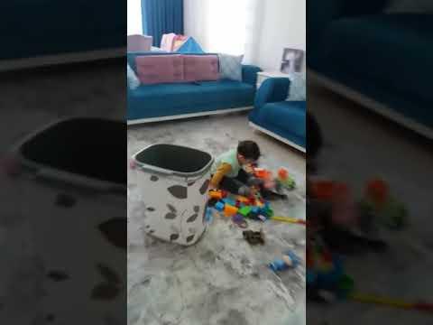 Oturduğu Yerde Uyan Talı çocuk