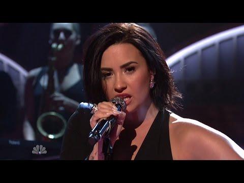 Demi Lovato SLAYS SNL Skit and Performances