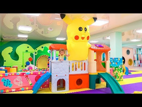Humpty Dumpty Baby Songs / Indoor Playground Family Fun Play Area for kids