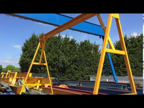 Wheeled A-frame Gantry Crane with Parking Jacks