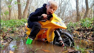 Funny Baby STUCK in the MUD Kid Ride on New Dirt Cross Bike Towing Power Wheel Tractor
