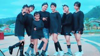 Goyang Pace Ko Hop With Khatulistiwajr-batumerah
