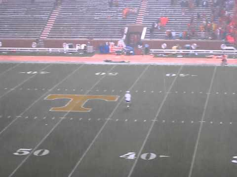 Oregon at Tennessee - Students raid the field during weather break