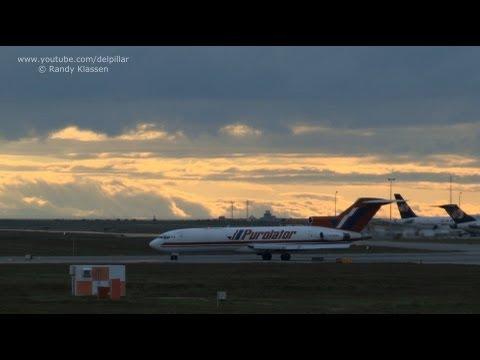 2 B727-200 departing 26L at YVR