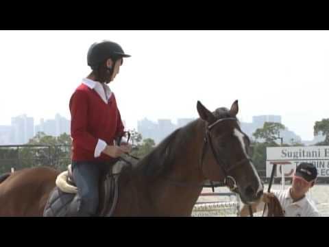 neo sports 「秋元アナ 馬に乗る」