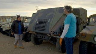 Occasions à saisir :  ce 4x4 militaire ne démarre pas, mais ils vont quand même l'acheter !