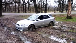 Subaru impreza 1.5 AWD MT in mud