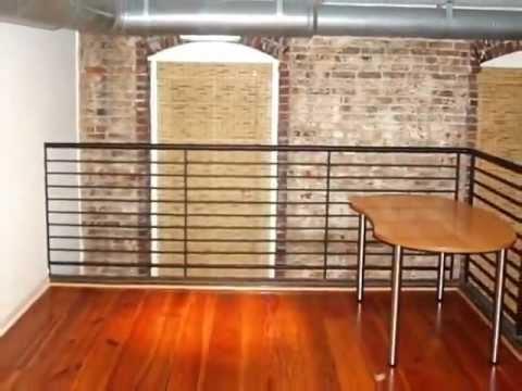 Innova pisos de madera decks escaleras barandas p rgolas muebles youtube - Barandas de madera para escaleras ...